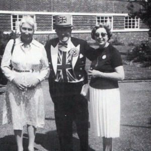 Chairman of the House Committee (R) and her Vice-Chairman with Keny Baily the England Cheer-Leader 1983